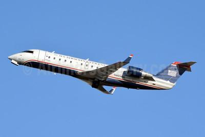 US Airways Express-Air Wisconsin Bombardier CRJ200 (CL-600-2B19) N465AW (msn 7893) PHL (Jay Selman). Image: 404032.