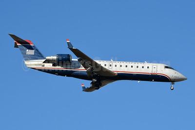 US Airways Express-Air Wisconsin Bombardier CRJ200 (CL-600-2B19) N404AW (msn 7294) CLT (Jay Selman). Image: 404026.