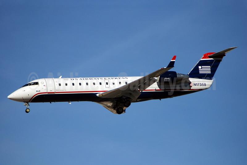 US Airways-Mesa Airlines (Mesa Air Group) Bombardier CRJ200 (CL-600-2B19) N17358 (msn 7358) LAS (Bruce Drum). Image: 100223.