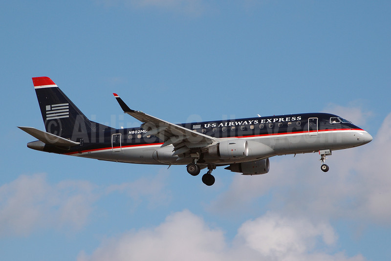 US Airways Express-MidAtlantic Airways Embraer ERJ 170-100SU N802MD (msn 17000013) FLL (Bruce Drum). Image: 100885.