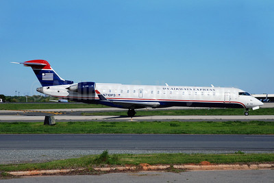 US Airways Express-PSA Airlines (2nd) Bombardier CRJ700 (CL-600-2C10) N710PS (msn 10167) CLT (Bruce Drum). Image: 101397.