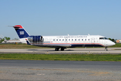 US Airways Express-PSA Airlines (2nd) Bombardier CRJ200 (CL-600-2B19) N221PS (msn 7889) CLT (Bruce Drum). Image: 101410.