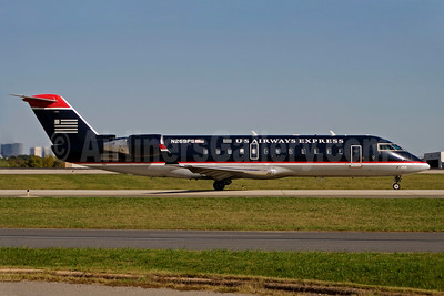 US Airways Express-PSA Airlines (2nd) Bombardier CRJ200 (CL-600-2B19) N259PS (msn 7945) CLT (Bruce Drum). Image: 100895.