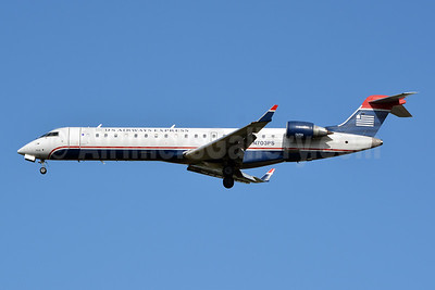 US Airways Express-PSA Airlines (2nd) Bombardier CRJ700 (CL-600-2C10) N703PS (msn 10137) CLT (Jay Selman). Image: 402351.