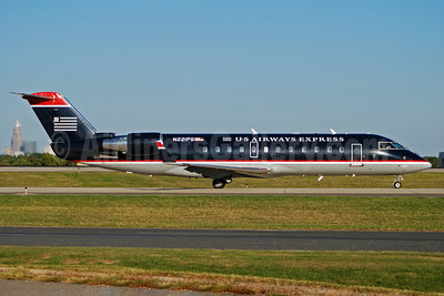 US Airways Express-PSA Airlines (2nd) Bombardier CRJ200 (CL-600-2B19) N221PS (msn 7889) CLT (Bruce Drum). Image: 100893.
