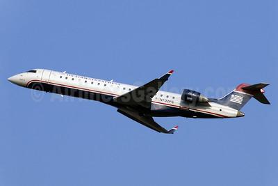 US Airways Express-PSA Airlines (2nd) Bombardier CRJ700 (CL-600-2C10) N702PS (msn 10135) CLT (Jay Selman). Image: 402273.