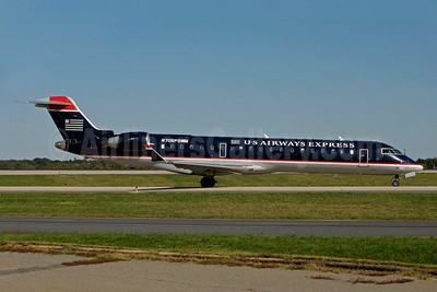 US Airways Express-PSA Airlines (2nd) Bombardier CRJ700 (CL-600-2C10) N705PS (msn 10144) CLT (Bruce Drum). Image: 100896.