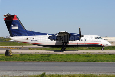 US Airways Express-Piedmont Airlines (2nd) Bombardier DHC-8-102 Dash 8 N907HA (msn 011) CLT (Bruce Drum). Image: 101414.