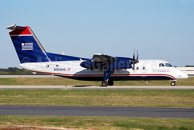 US Airways Express-Piedmont Airlines (2nd) Bombardier DHC-8-102 Dash 8 N908HA (msn 015) CLT (Bruce Drum). Image: 100890.