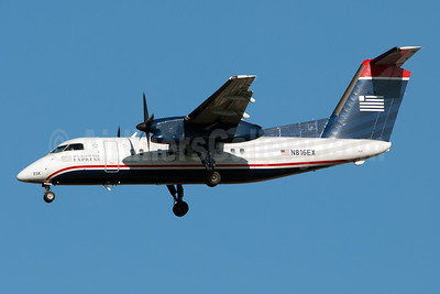 US Airways Express-Piedmont Airlines (2nd) Bombardier DHC-8-102 Dash 8 N816EX (msn 329) LGA (Fred Freketic). Image: 949969.
