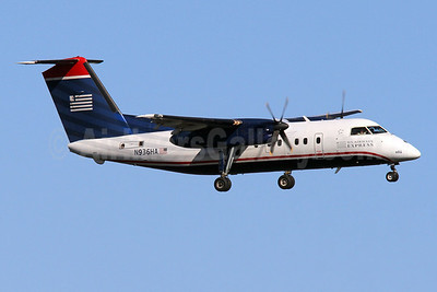 US Airways Express-Piedmont Airlines (2nd) Bombardier DHC-8-102 Dash 8 N936HA (msn 145) DCA (Brian McDonough). Image: 921603.