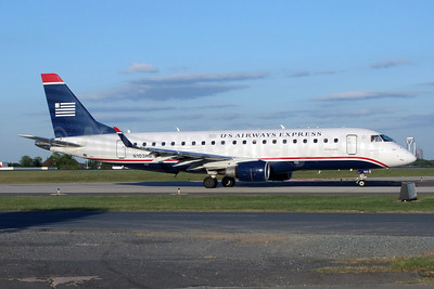 US Airways Express-Republic Airlines (2nd) Embraer ERJ 170-200LR (ERJ 175) N103HQ (msn 17000159) CLT (Jay Selman). Image: 402154.
