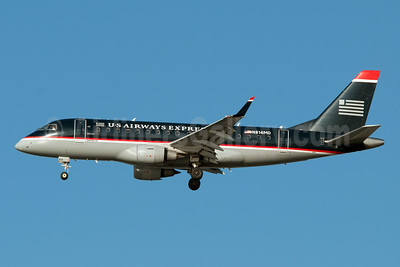 US Airways Express-Republic Airlines (2nd) Embraer ERJ 170-100SU N814MD (msn 17000033) LGA (Fred Freketic). Image: 949968.