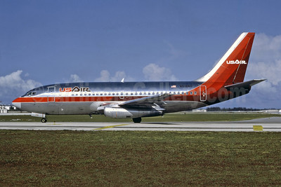 USAir Boeing 737-2B7 N318AU (msn 22886) FLL (Nigel P. Chalcraft - Bruce Drum Collection). Image: 946984.