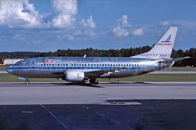 USAir Boeing 737-301 N302AU (msn 23230) (Piedmont colors) RD (Jay Selman). Image: 402116.