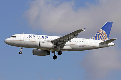 United Airlines Airbus A319-131 N832UA (msn 1321) LAX (Michael B. Ing). Image: 910547.