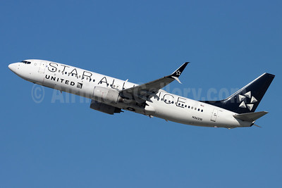 United Airlines Boeing 737-824 SSWL N26210 (msn 28770) (Star Alliance) LAX (Michael B. Ing). Image: 948886.