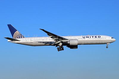 United Airlines Boeing 777-300 ER N2644U (msn 63724) NRT (Michael B. Ing). Image: 948835.