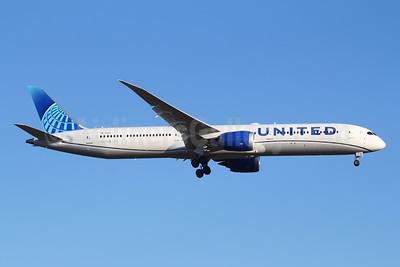 United Airlines Boeing 787-10 Dreamliner N14011 (msn 40934) FRA (Marcelo F. De Biasi). Image: 950097.