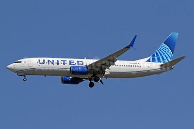United Airlines Boeing 737-824 SSWL N77295 (msn 34001) IAD (Brian McDonough). Image: 950073.