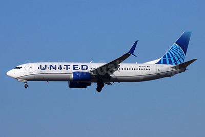 United Airlines Boeing 737-824 SSWL N77530 (msn 39998) LAX (Michael B. Ing). Image: 952307.
