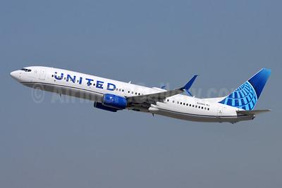 United Airlines Boeing 737-924 ER SSWL N39415 (msn 32826) LAX (Michael B. Ing). Image: 955438.