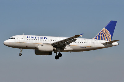 United Airlines Airbus A319-131 N803UA (msn 748) BWI (Tony Storck). Image: 909810.