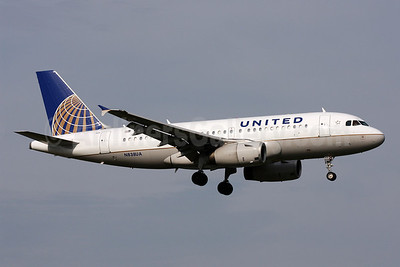United Airlines Airbus A319-131 N838UA (msn 1477) DCA (Brian McDonough). Image: 906737.