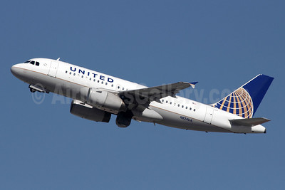 United Airlines Airbus A319-131 N824UA (msn 965) LAX (Michael B. Ing). Image: 908269.