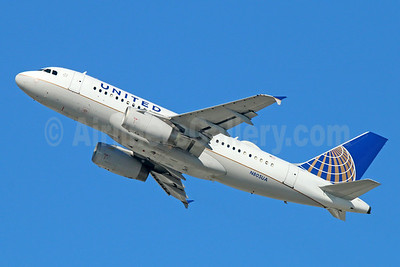 United Airlines Airbus A319-131 N805UA (msn 783) LAX (Michael B. Ing). Image: 921580.