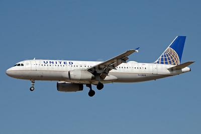 United Airlines Airbus A320-232 N414UA (msn 472) LAS (Jay Selman). Image: 403326.