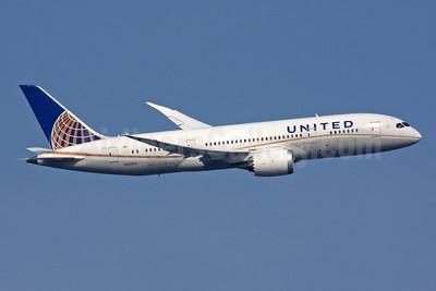 United Airlines Boeing 787-8 Dreamliner N45905 (msn 34825) LHR (SPA). Image: 944201.