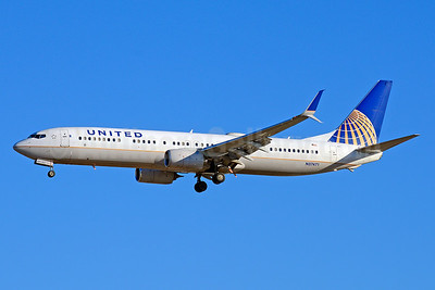United Airlines Boeing 737-924 ER SSWL N37471 (msn 37102) LAX (Jay Selman). Image: 403655.