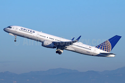 United Airlines Boeing 757-224 WL N48127 (msn 28968) LAX (Michael B. Ing). Image: 938081.