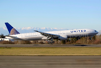 United Airlines' first Boeing 777-300ER