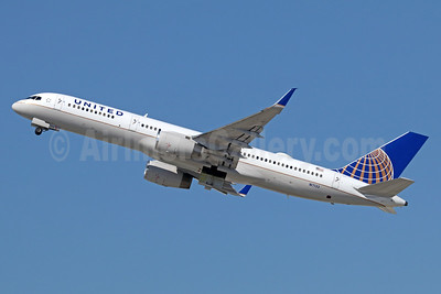 United Airlines Boeing 757-224 WL N17133 (msn 29282) LAX (Michael B. Ing). Image: 940037.
