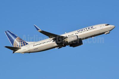 United Airlines Boeing 737-824 WL N37263 (msn 31583) LAS (Jay Selman). Image: 402869.