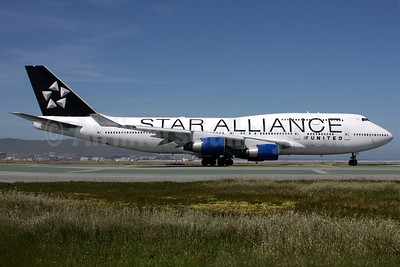 United Airlines Boeing 747-422 N121UA (msn 29167) (Star Alliance) SFO (Mark Durbin). Image: 902623.