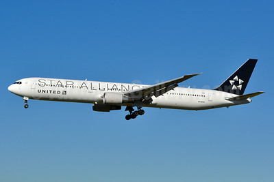 United Airlines Boeing 767-424 ER N76055 (msn 29450) (Star Alliance) ZRH (Tony Storck). Image: 939154.