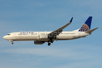 United Airlines Boeing 737-924 WL N71411 (msn 30128) LAS (Bruce Drum). I(mage: 104404.