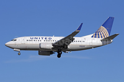 United Airlines Boeing 737-524 WL N16648 (msn 28909) LAX (Michael B. Ing). Image: 908946.