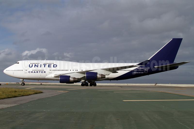 United Charter (United Airlines) Boeing 747-422 N194UA (msn 26892) SFO (Mark Durbin). Image: 908065.