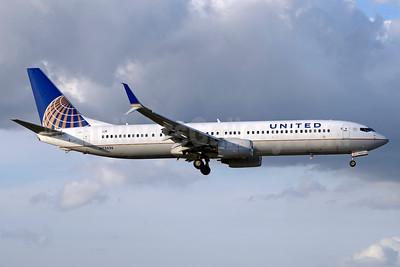 United Airlines) Boeing 737-924 ER SSWL N75436 (msn 33531) MIA (Jay Selman). Image: 403516.