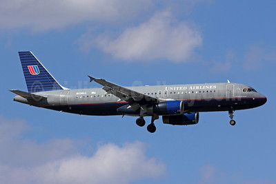 United Airlines Airbus A320-232 N436UA (msn 638) ORD (Michael B. Ing). Image: 936466.