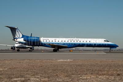 United Express-Chautauqua Airlines Embraer ERJ 145LR (EMB-145LR) N292SK (msn 145488) JFK (Fred Freketic). Image: 950049.