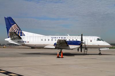 United Express-Colgan Air (2nd) SAAB 340B N362PX (msn 258) IAH (Mark Durbin). Image: 907629.