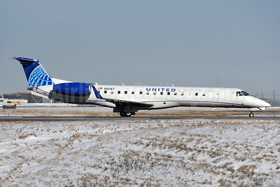 United Express-CommutAir Embraer ERJ 145XR (EMB-145XR) N16147 (msn 145749) YYZ (TMK Photography). Image: 949028.