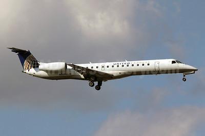 United Express-ExpressJet Airlines Embraer ERJ 145LR (EMB-145LR) N13965 (msn 145125) ORD (Michael B. Ing). Image: 907630.