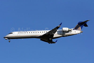 United Express-Mesa Airlines Bombardier CRJ700 (CL-600-2C10) N515MJ (msn 10117) IAD (Brian McDonough). Image: 907691.