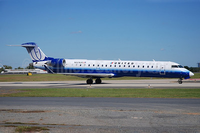 United Express-Mesa Airlines Bombardier CRJ700 (CL-600-2C10) N521LR (msn 10261) CLT (Bruce Drum). Image: 101689.